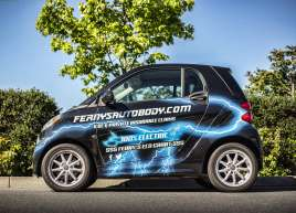 Ferny's Auto Body Smart Car Wrap
